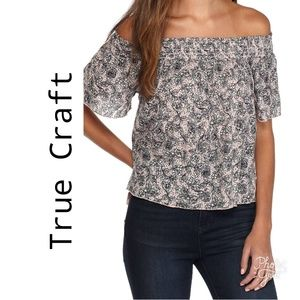 HOST PICK❤Brand New with Tags! True Craft Top!